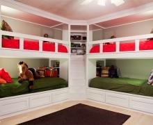 Комплект кроватей для 4-х детей с лестницей. Классика. фасады - рамка AGT
