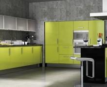 Кухня лофт. Фасады AlvicLux, стекло сатин в ал. профиле